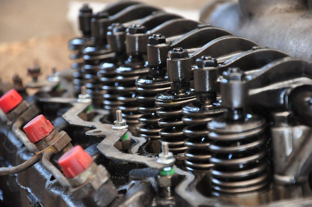 moottorien korjaukset